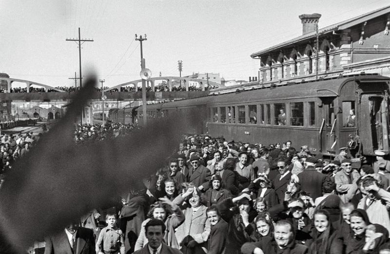 SANTA MISIÓN, COLEGIO San Jose, PROCESIÓN EN ESPOLÓN CONCENTRACIÓN | ESTACIÓN FERROCARRIL SANTA MISIÓN | PLAZA DEL MERCADO, 8 MARZO 1945 Y 11 MARZO 1945· SANTA MISIÓN- PROCESIÓN SACERDOTES POR G.FRANCO HASTA INSTITUTO DE SAGASTA Y DESPEDIDA MIS