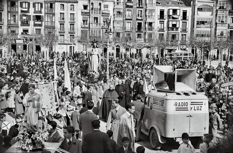 · SANTA MISIÓN PROCESIÓN CONCENTRACIÓN EN EL ESPOLÓN, 8 MARZO AÑO 1945